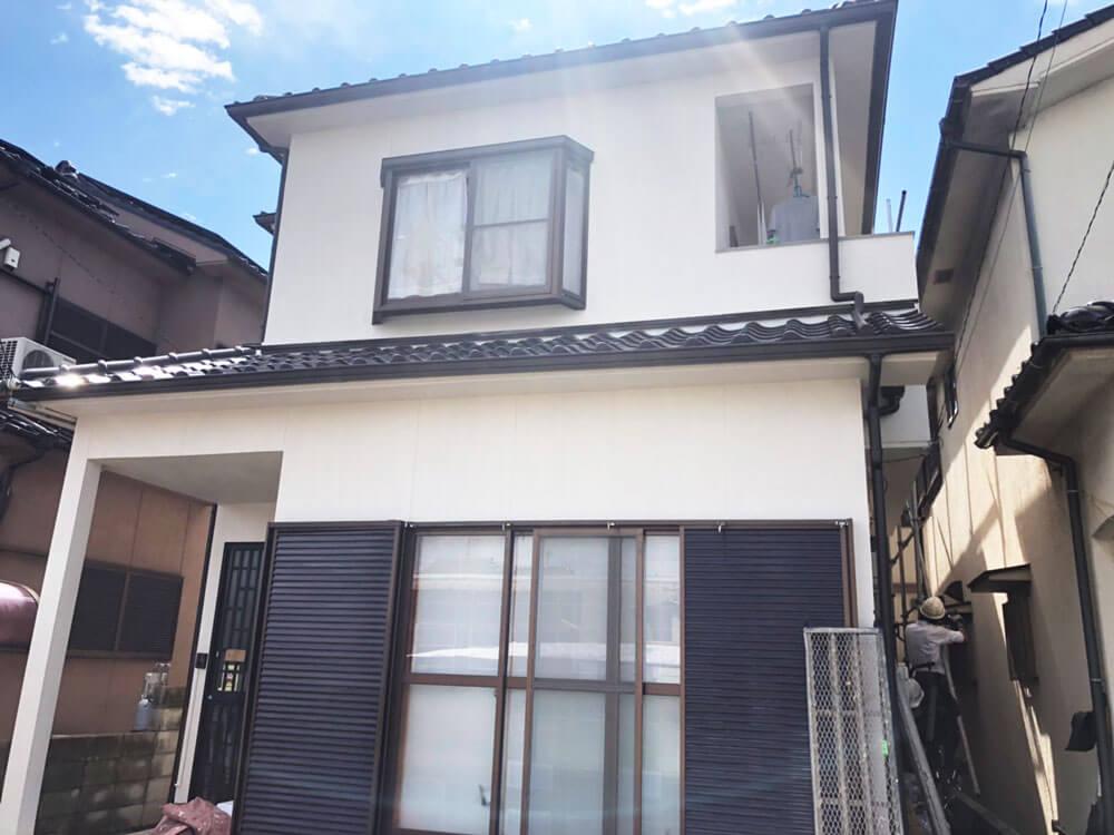 加古川市S様邸外壁塗装・雨どい交換・屋根漆喰打ちかえ 施工後